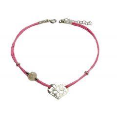 Bransoletka serduszko ażurowe z perełką na różowym sznurku