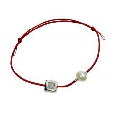 Bransoletka diamond square z perełką na bordowym sznurku